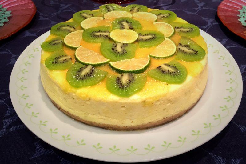 Cheesecake con kiwi e lime (con cottura)