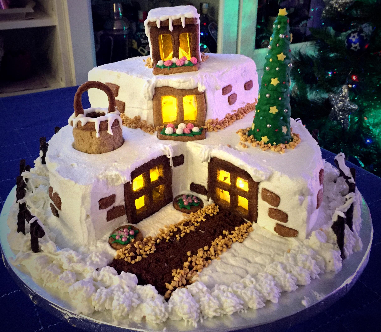 Torta rifugio di natale blog di pasticci di bollicine - Decorazioni natalizie per torte ...