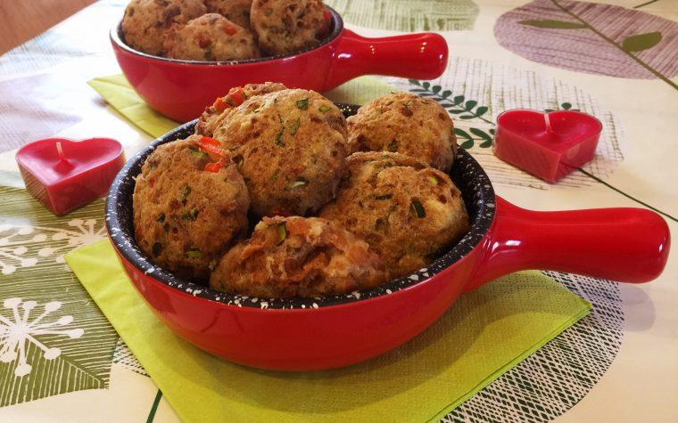 Polpette di pane con tonno e verdure