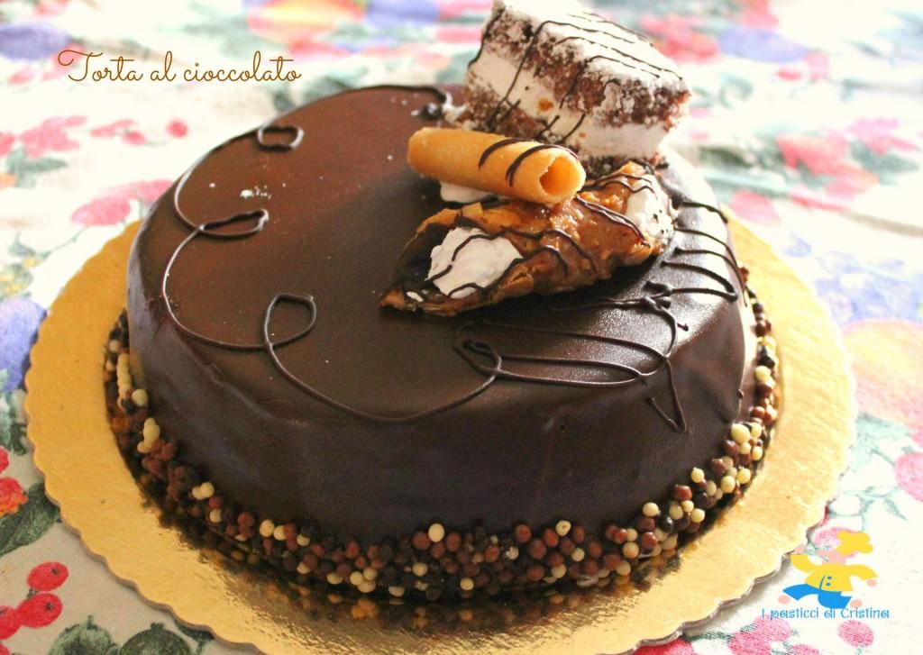 Torta al cioccolato al profumo di vaniglia i pasticci di for Torte di compleanno al cioccolato decorazioni