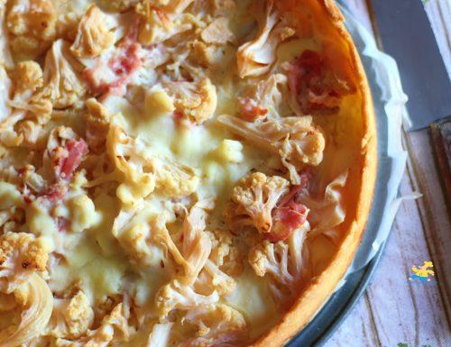 Torta salata con pancetta e cavolfiore