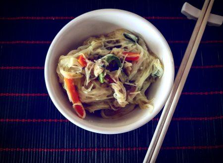 Vermicelli di riso con verdure saltate e vongole 059b17956ca0