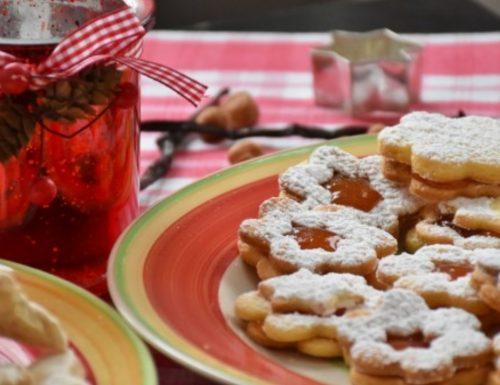 Biscotti alla marmellata di albicocche