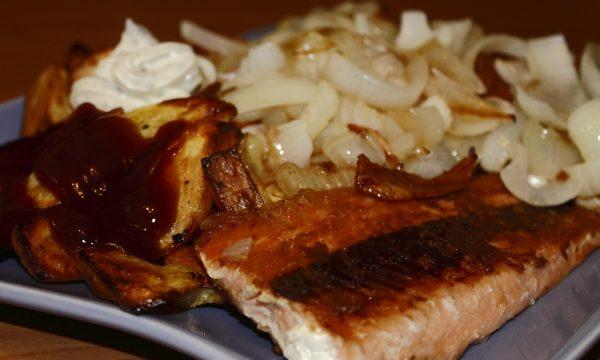 Filetto di merluzzo con cipolle