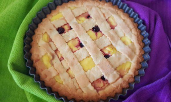 Crostata con crema pasticcera ricotta e amarene – ricetta- Pasticci di Susi
