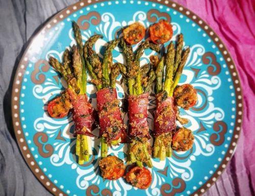 Bouquet d'asparagi gratinati