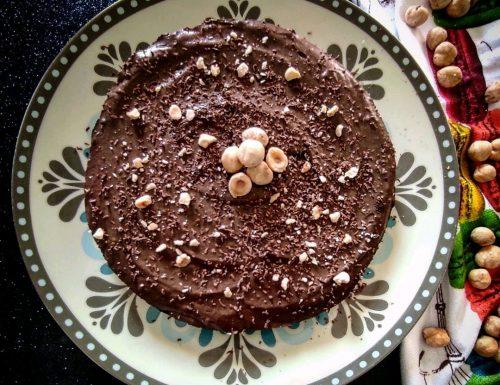 Fluffy al cioccolato con pepite e granella di nocciole – senza cottura
