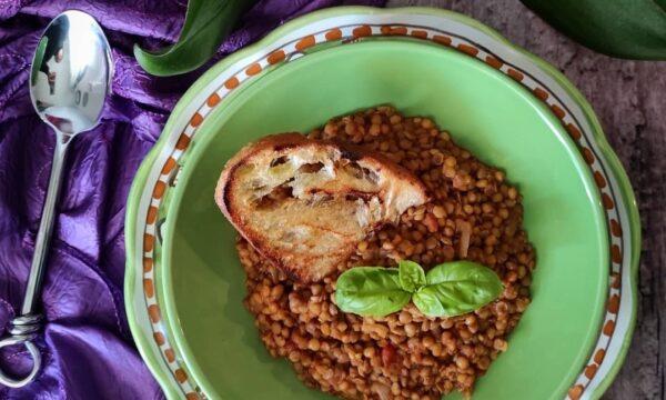 Zuppa di lenticchie alla curcuma e zenzero