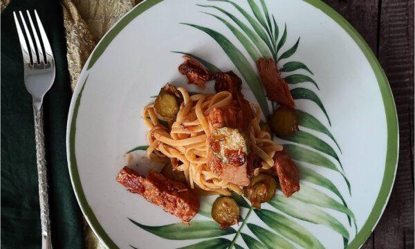 Linguine al sugo di zucchine e tonno al naturale