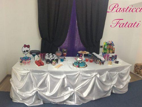 Festa a tema Monster High