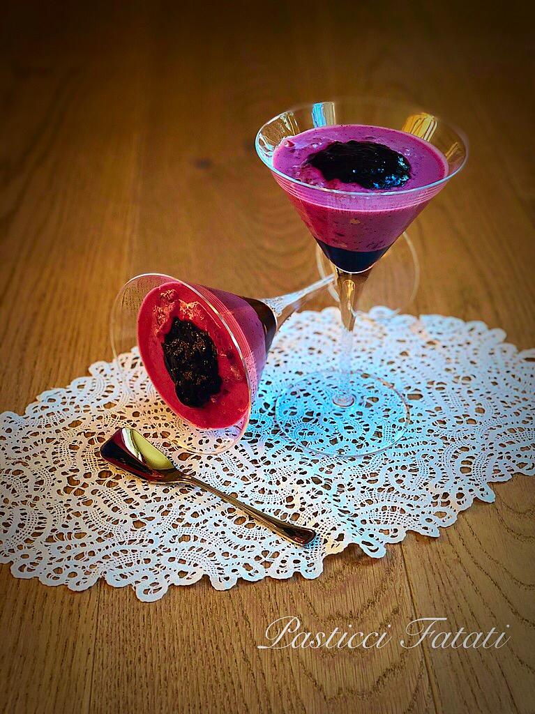 Bicchieri-ai-mirtilli-2 Bicchieri ai mirtilli (Bavarese light)