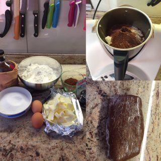 Crostata-al-cioccolato-al-profumo-di-rum-3-320x320 Crostata al cioccolato al profumo di rum con confettura di pere e ricotta