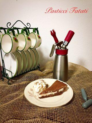 Crostata-al-cioccolato-al-profumo-di-rum-320x427 Crostata al cioccolato al profumo di rum con confettura di pere e ricotta