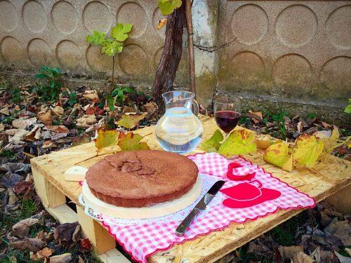 Crostata al cioccolato al profumo di rum con confettura di pere e ricotta