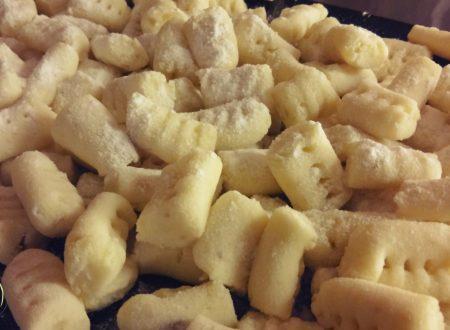 Gnocchi di patate senza glutine e uova con sola farina di riso