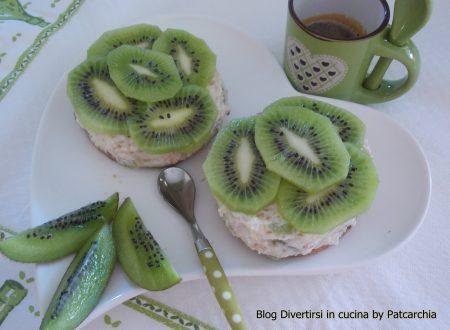 Mini cheesecake al kiwi