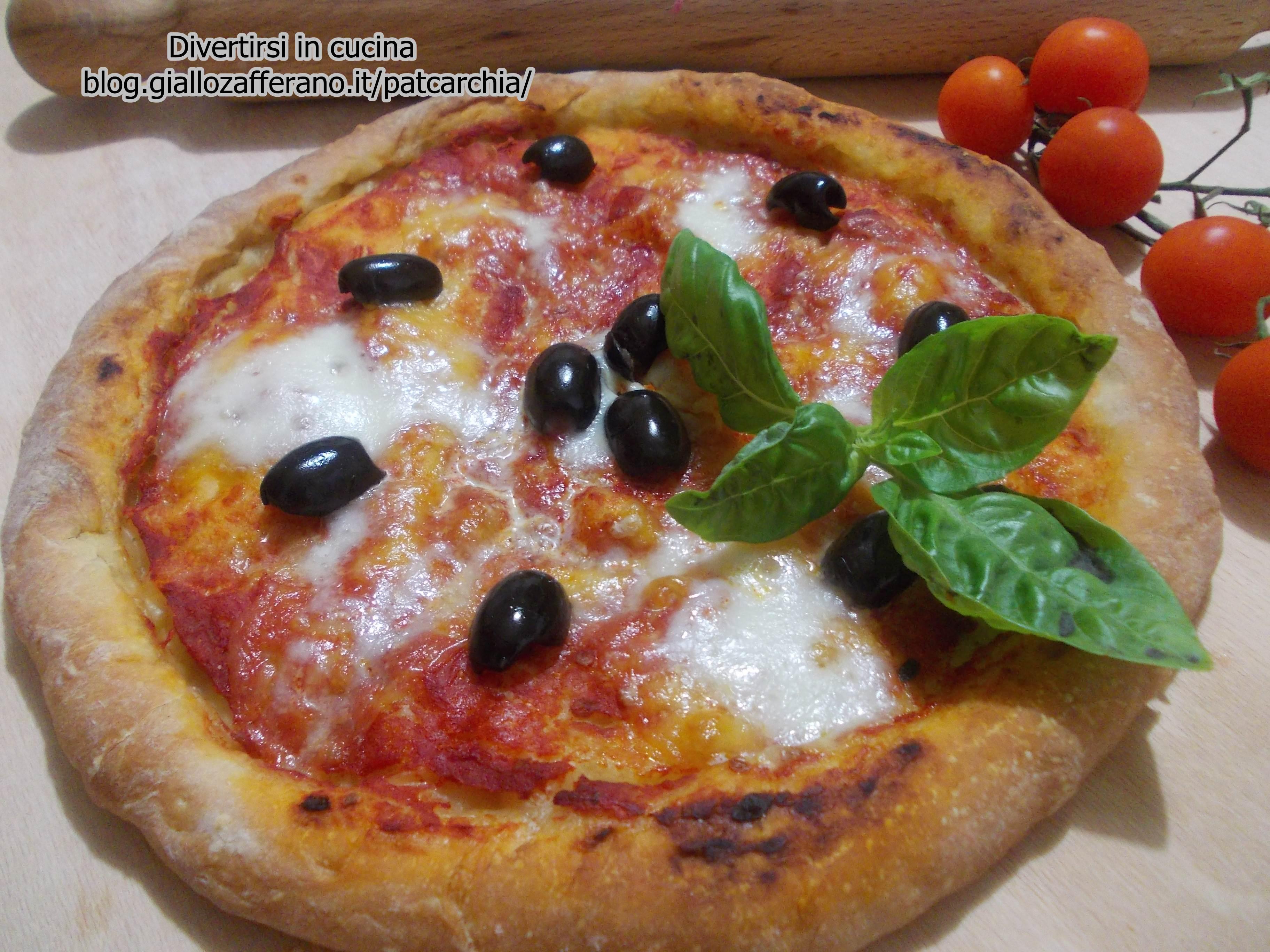 Pizza napoletana ricetta base facile divertirsi in cucina - Cucina giallo zafferano ...