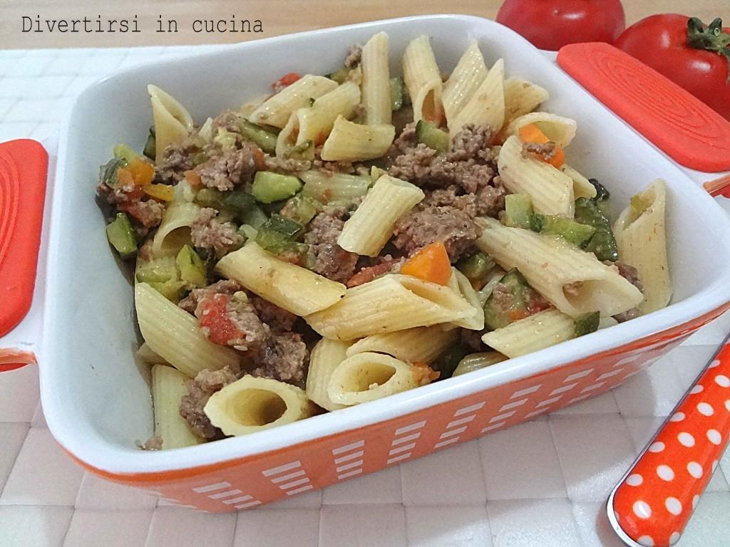Ricetta pasta zucchine macinato e pomodorini Divertirsi in cucina