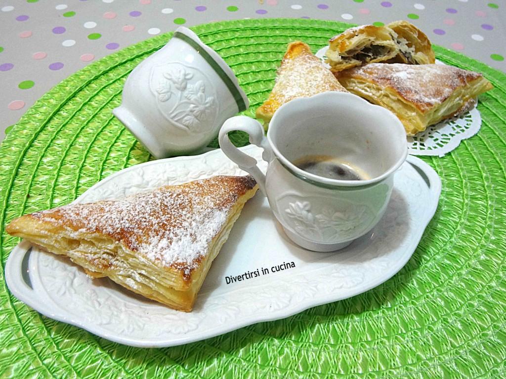 Ricetta triangoli di pasta sfoglia e Nutella Divertirsi in cucina