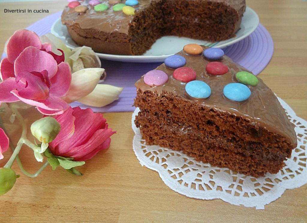 Ricetta torta cioccolato e smarties Divertirsi in cucina