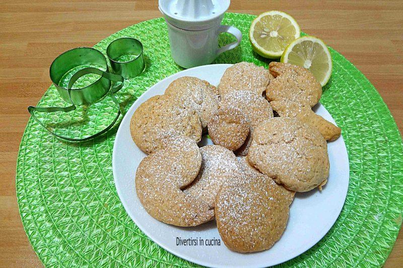 Biscotti di pasta frolla senza uova