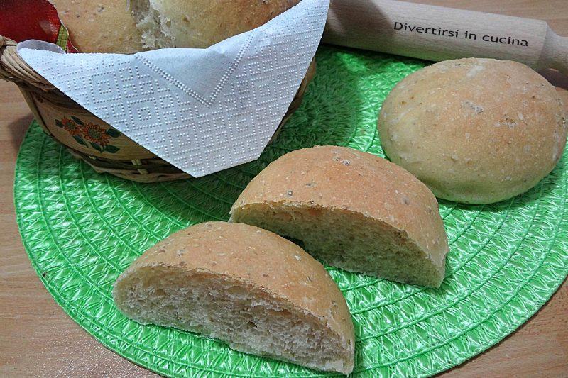 Panini morbidi alle olive ricetta Bimby