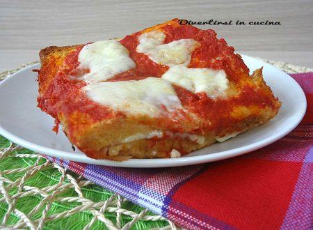 Pizza di toast ricetta facile