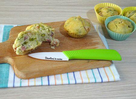 Muffin salati senza uova leggeri