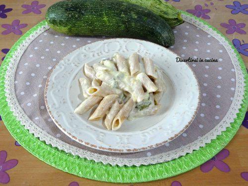 Pasta zucchine e philadelphia veloce