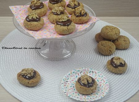 Biscotti integrali noci e cioccolato