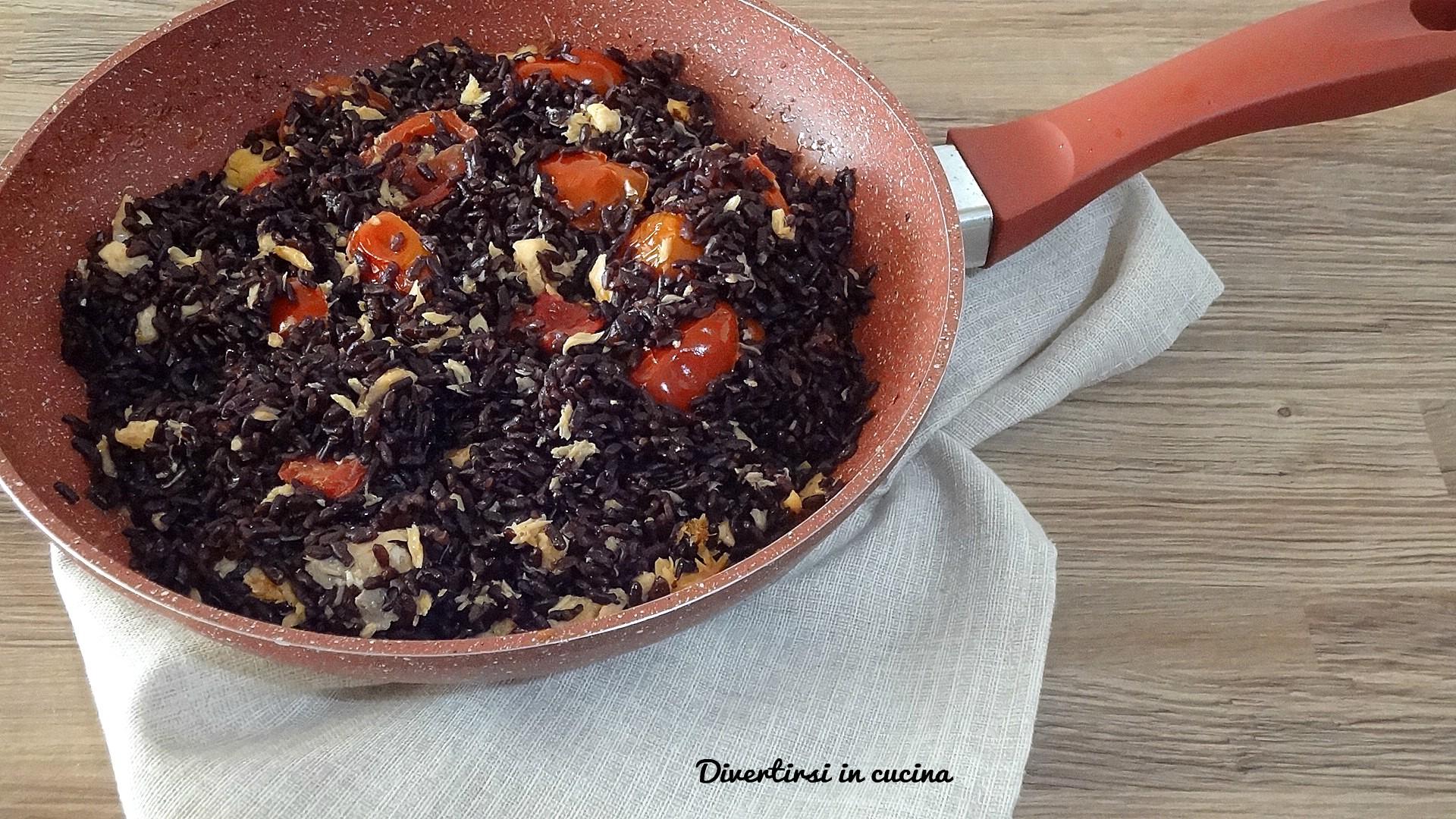 Riso venere con salmone ricetta facile divertirsi in for Cucinare riso venere