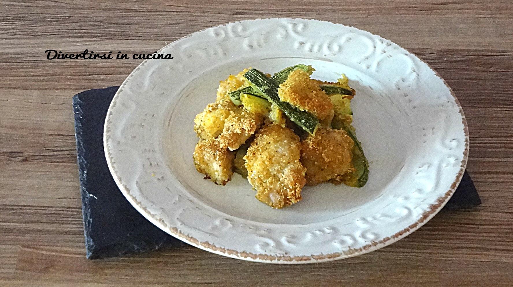 Straccetti di pollo e zucchine gratinate