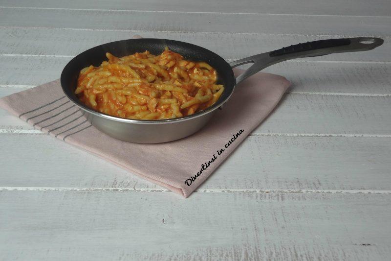 Pasta in salsa rosa