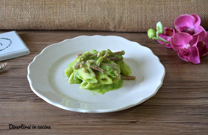 Pasta con pesto di broccoli