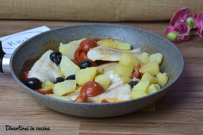 Merluzzo con pomodorini patate e olive