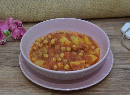 Zuppa di ceci e patate al pomodoro