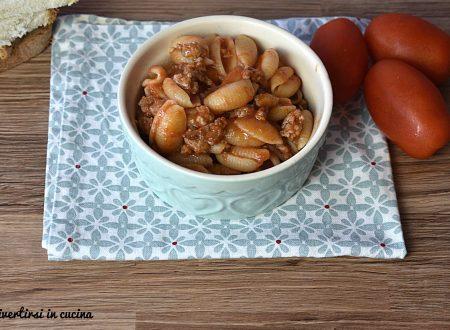 Gnocchetti sardi al sugo di salsiccia