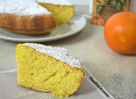 Torta con spremuta d'arancia