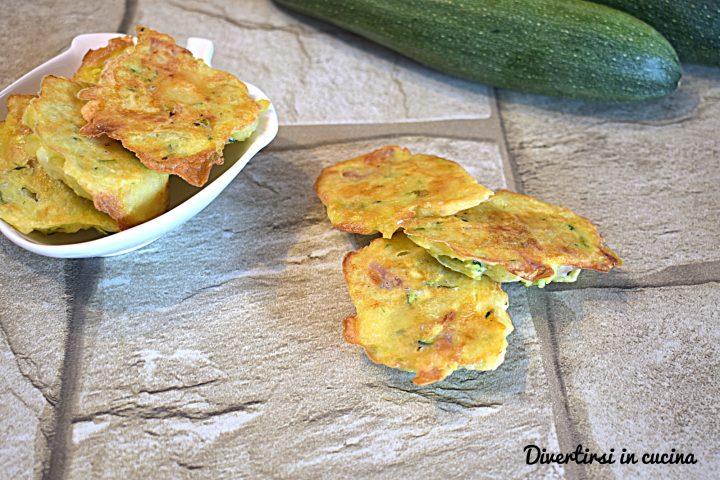 Frittelline di zucchine e patate al forno