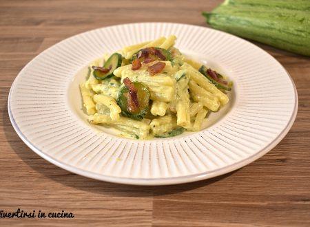 Pasta con zucchine e philadelphia