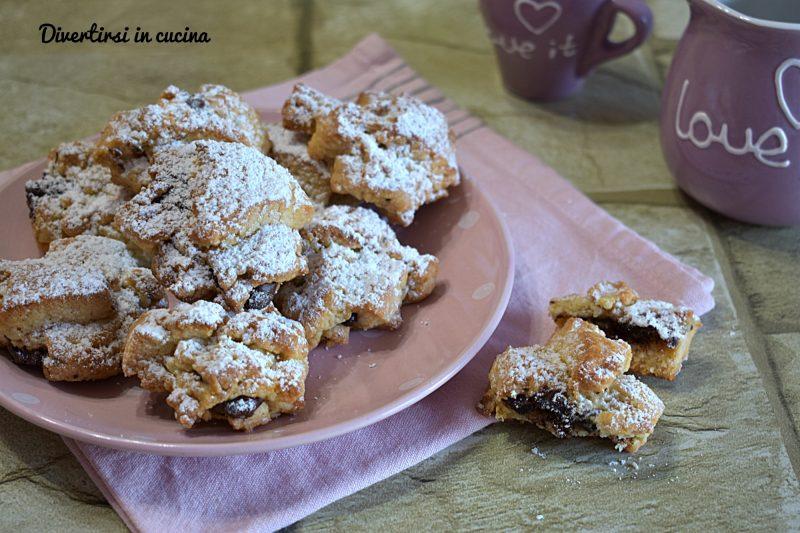 Biscotti cornetti senza uova alla Nutella