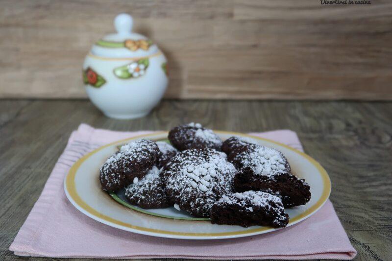 Biscotti morbidi al cacao senza uova e senza burro