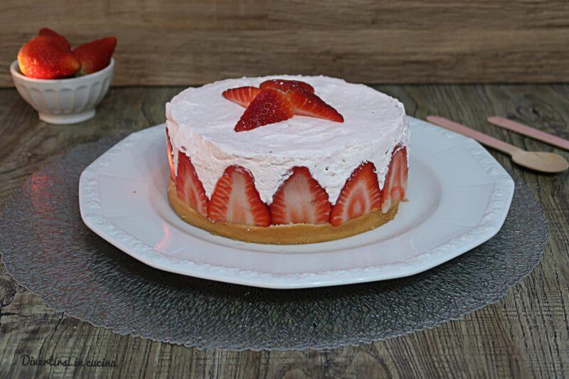 Cheesecake alle fragole facilissima
