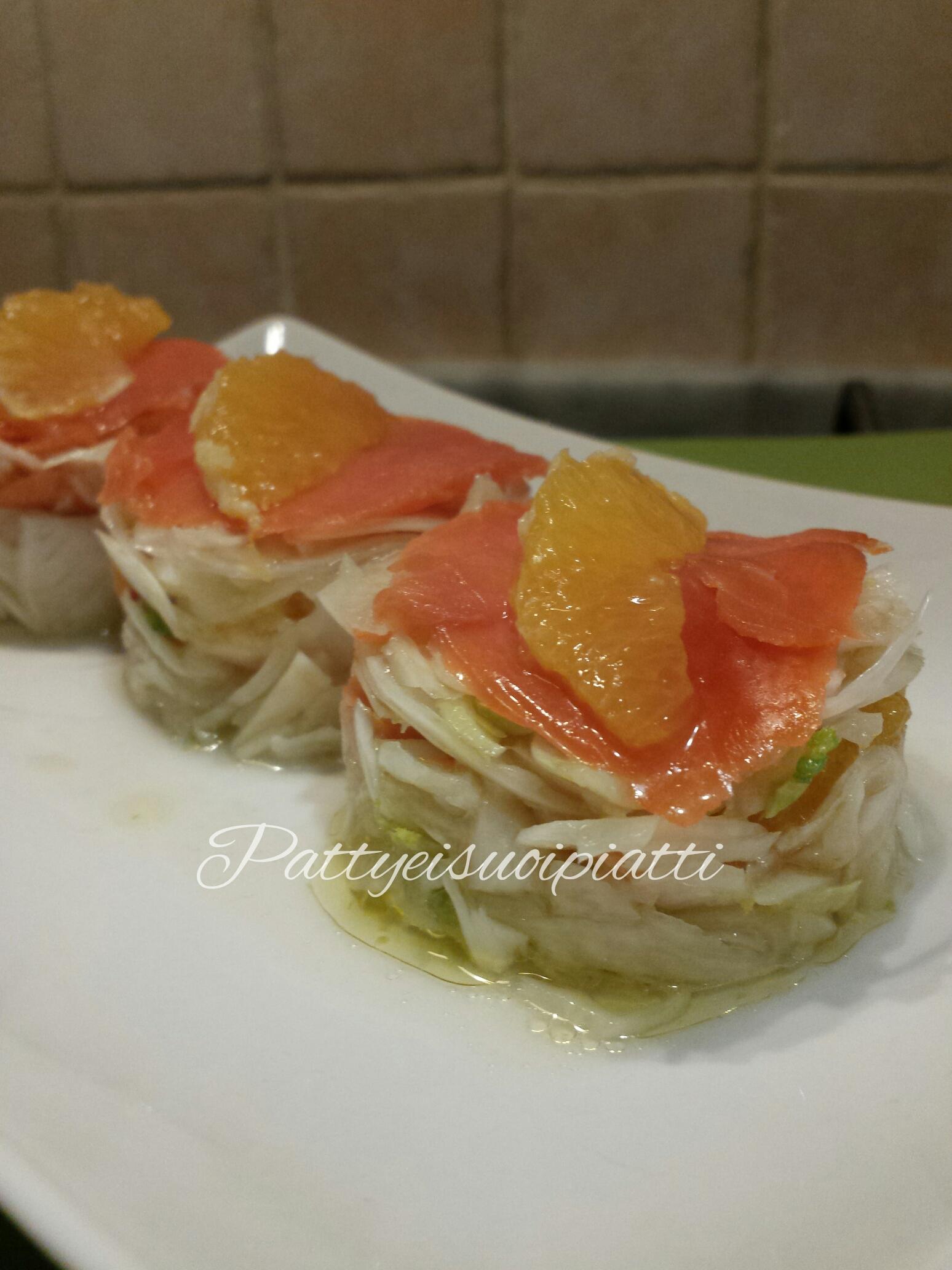 Carpaccio di salmone affumicato arancia e finocchio