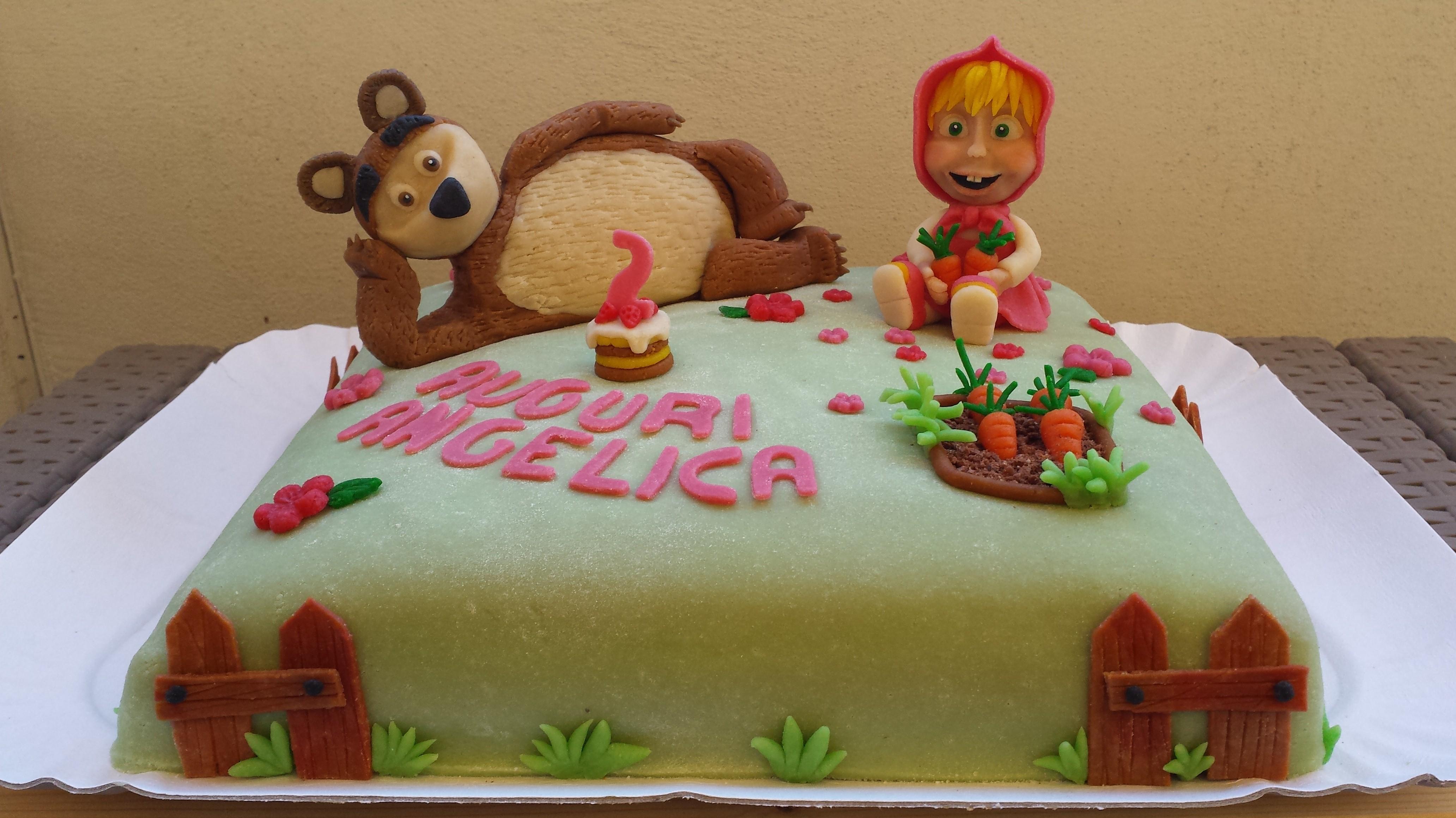 Torta Masha E Orso Pazzapasticceria