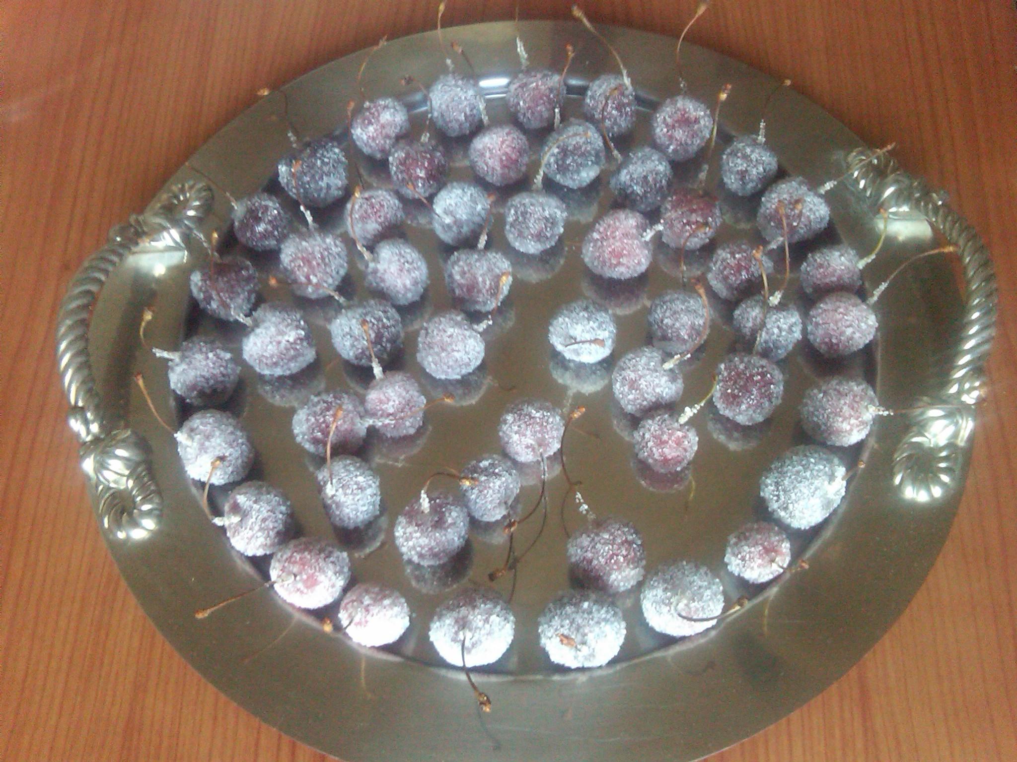 4) la frutta cristallizzata pronta
