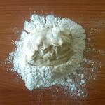 2) impastate il lievito madre - pasta madre con la farina e l'acqua