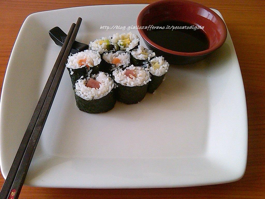 17) il sushi (maki) pronto