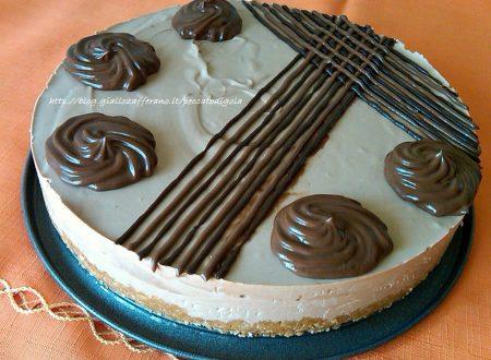 Cheesecake al cocco e doppio cioccolato