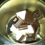 2) sciogliete il cioccolato con il burro